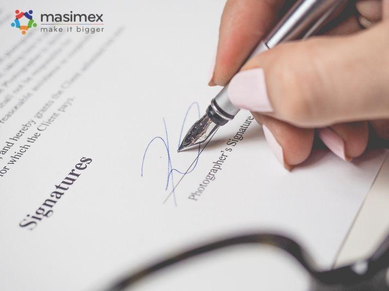 Hợp đồng ngoại thương là cơ sở pháp lý quy định quyền và nhiệm vụ của các bên trong quan hệ mua bán hàng hoá